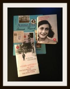 Anne Frank Buchkollektion mit Rahmen